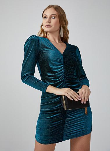 Gusto Kadın Petrol V Yaka Önü Büzgülü Kadife Elbise 20KG009364 Petrol